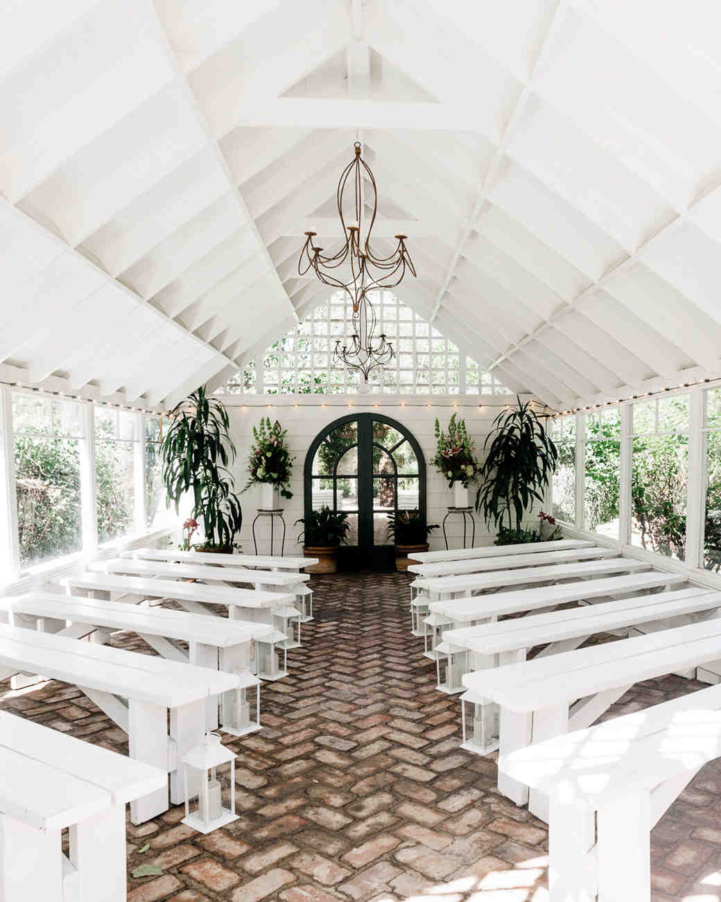 The Most Amazing Airbnb Wedding Venues