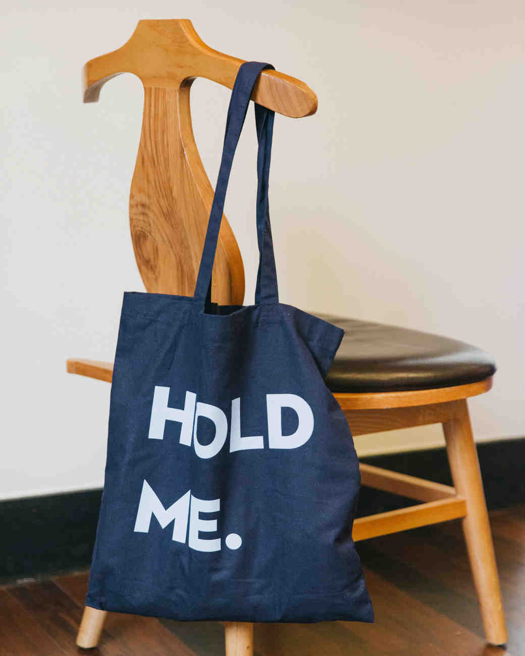 hold me tote