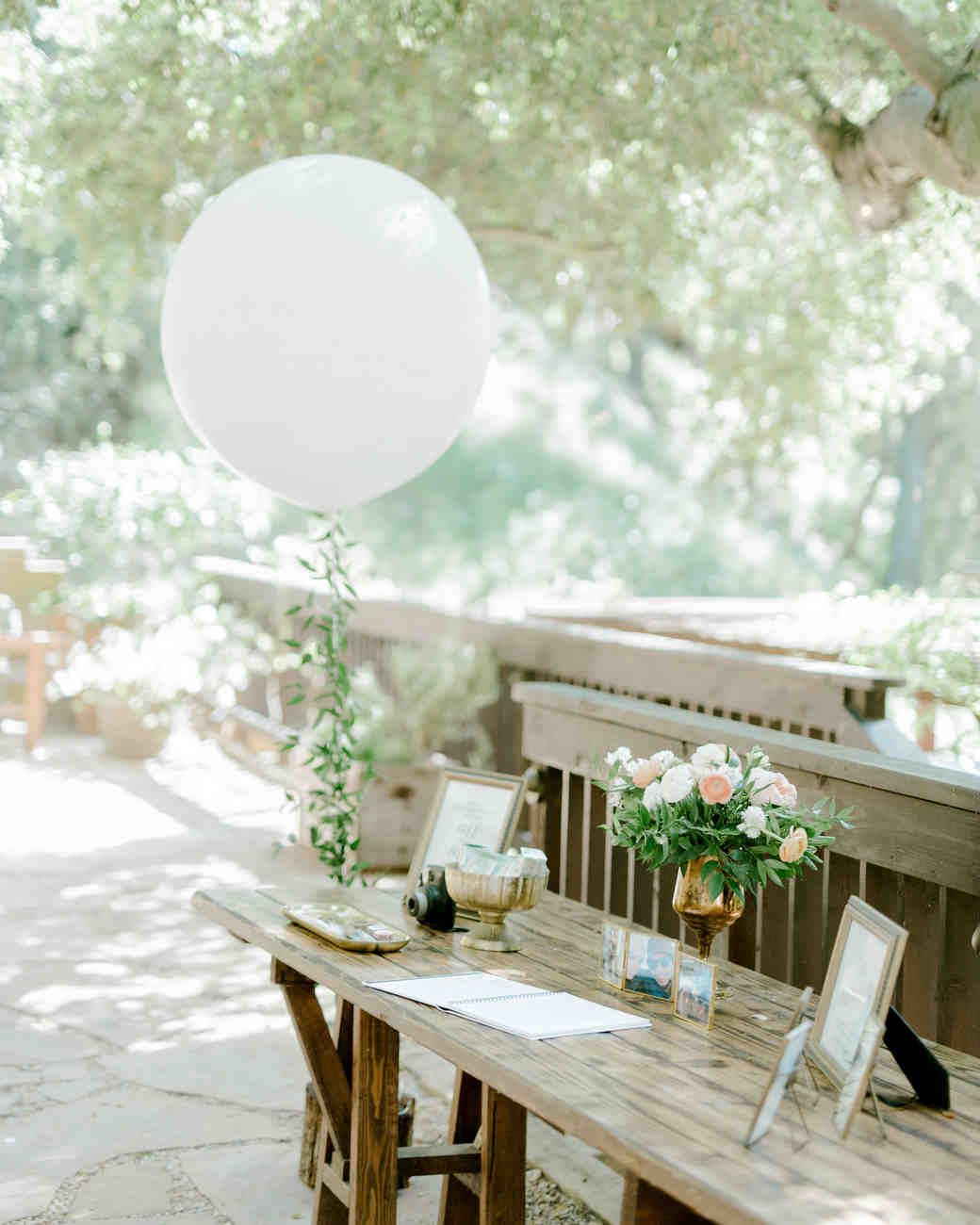wedding balloon guest book