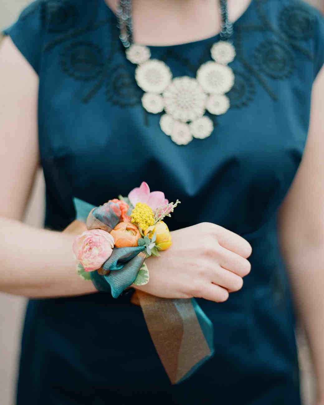 celeste-elizabeth-wedding-corsage-0514.jpg