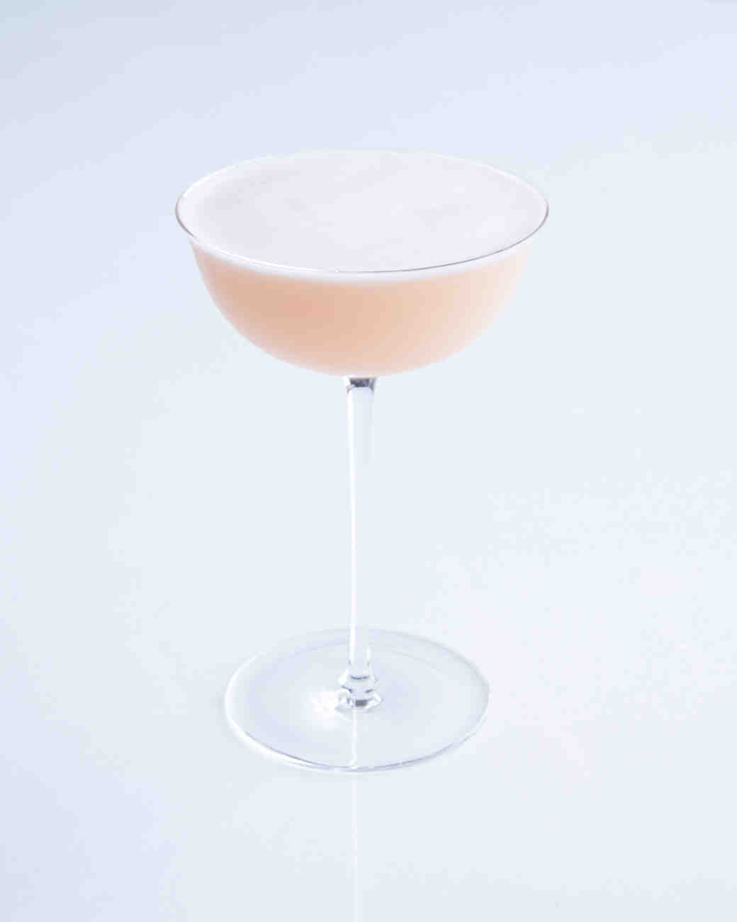 cocktail-lillet-blush-120-d111274-0814.jpg