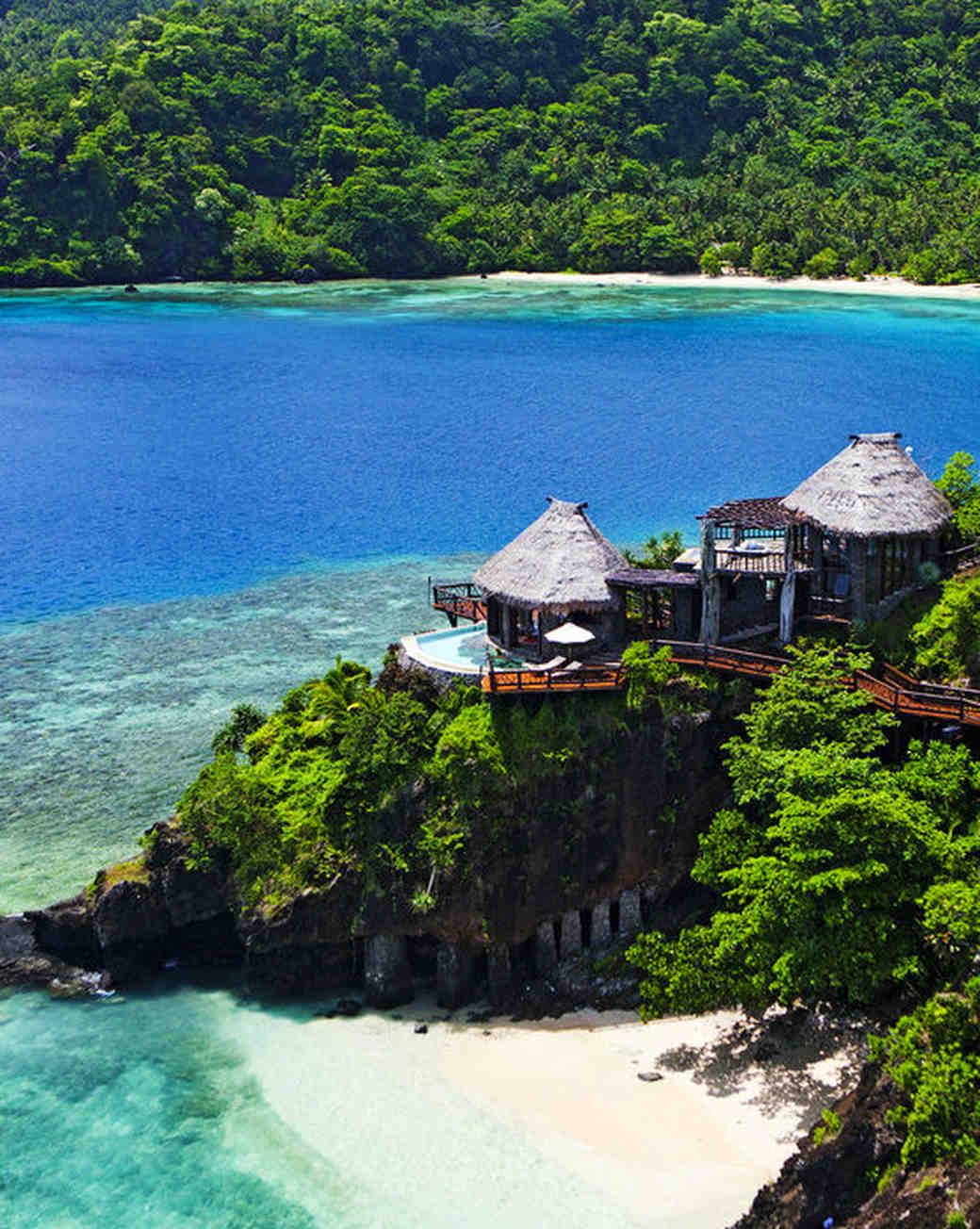 figi island hotels laucala island