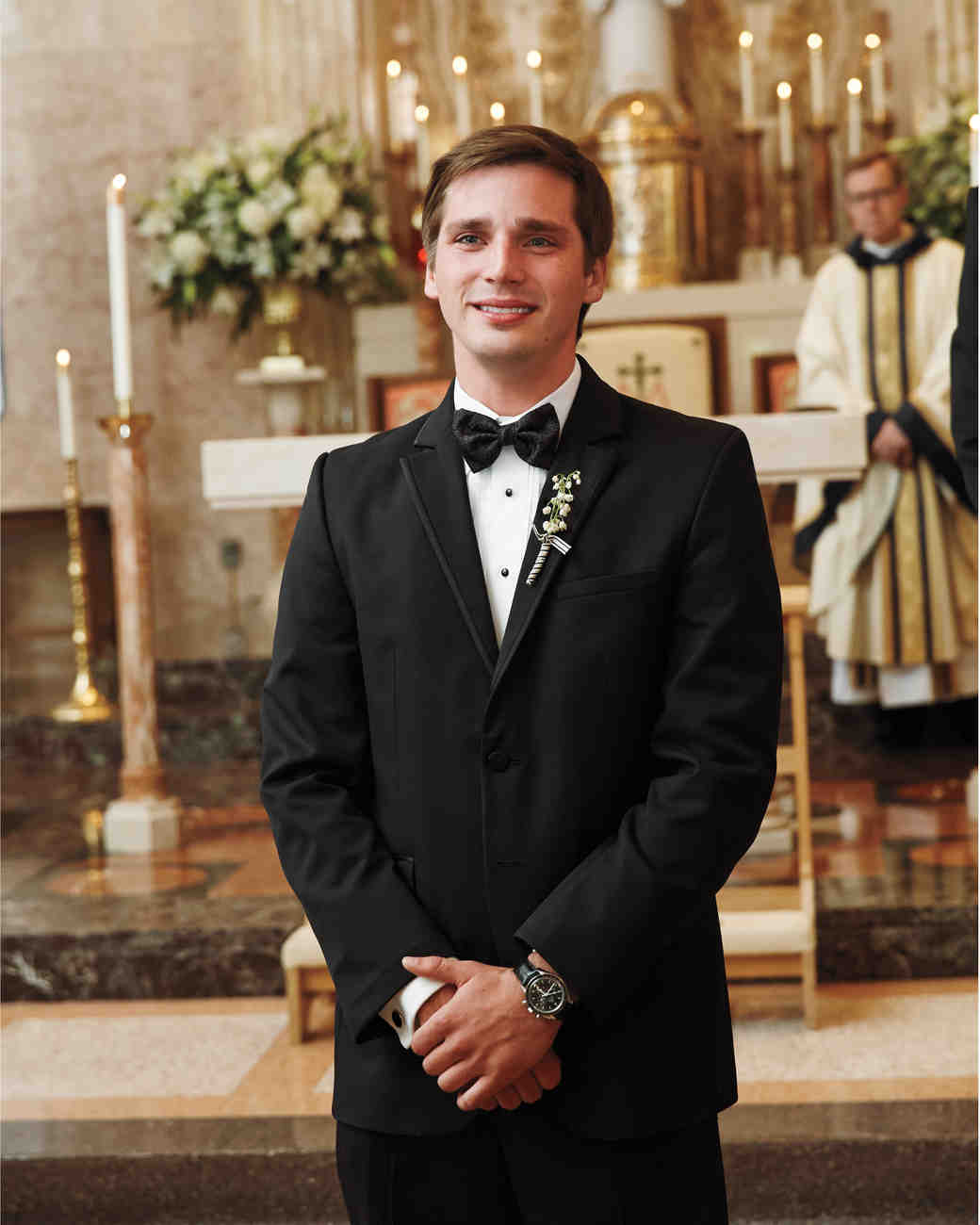 groom-altar-msw-05-24-13-0816-md110142.jpg