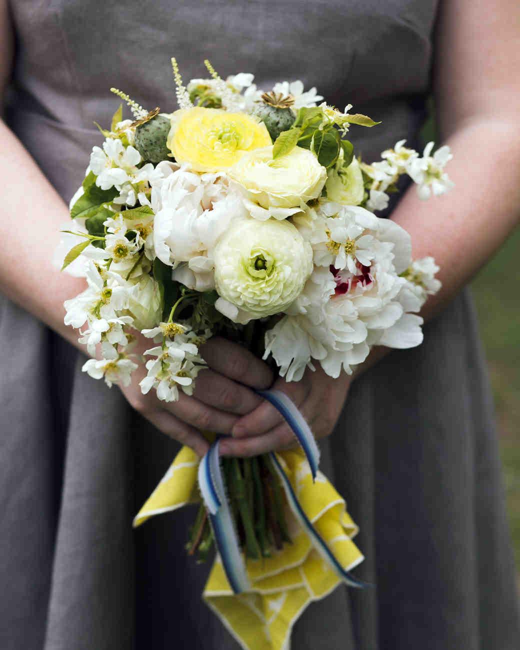 kelly-marie-dave-wedding-bouquet2-0414.jpg