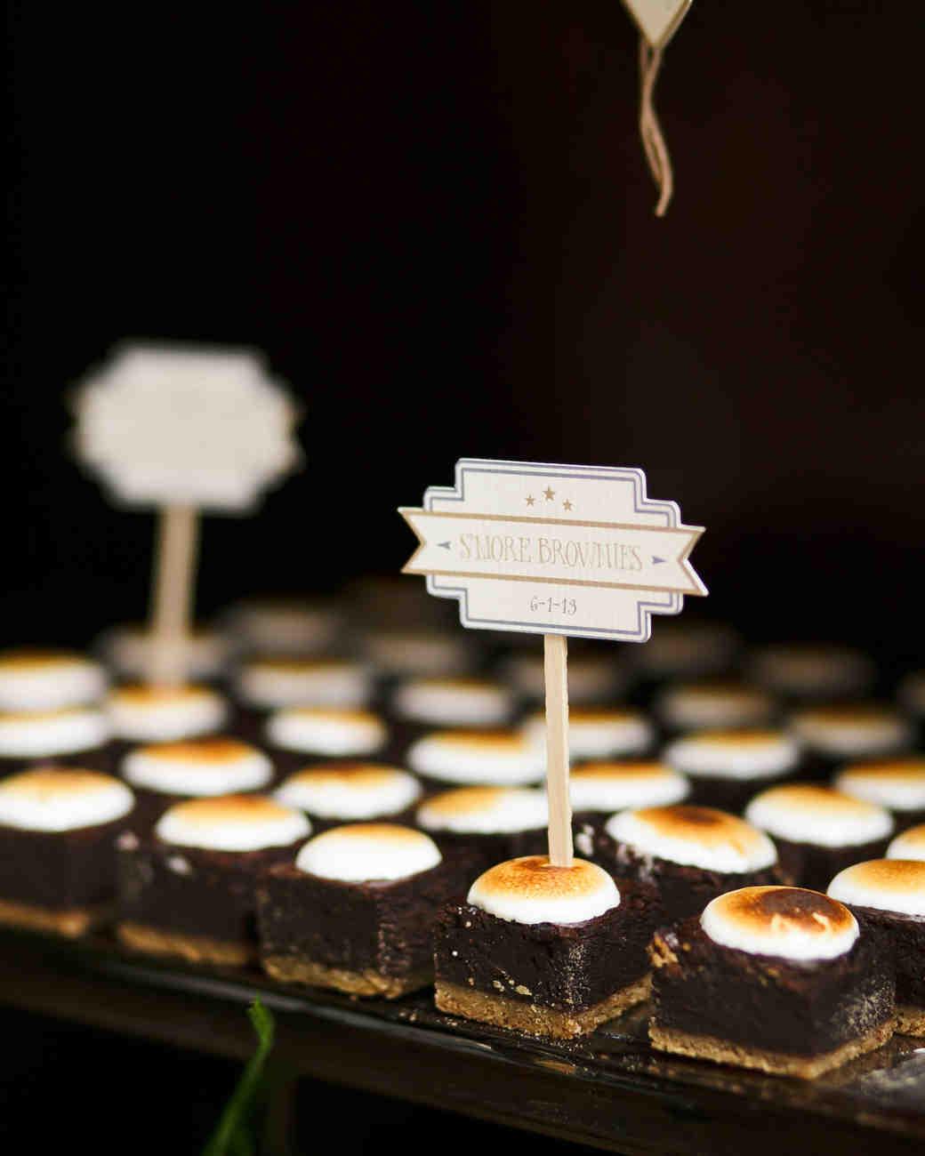 kelly-marie-dave-wedding-dessert2-0414.jpg