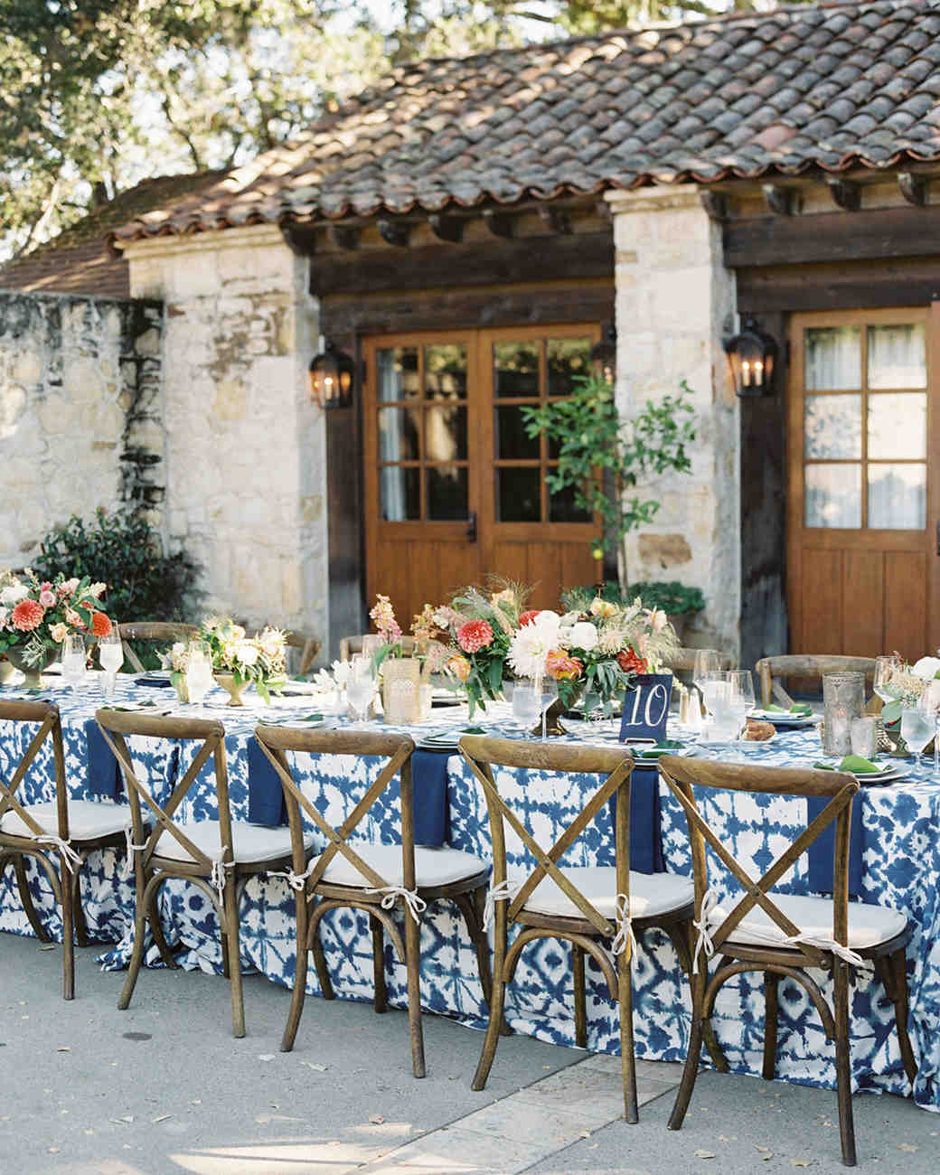 laurie michael wedding reception tables
