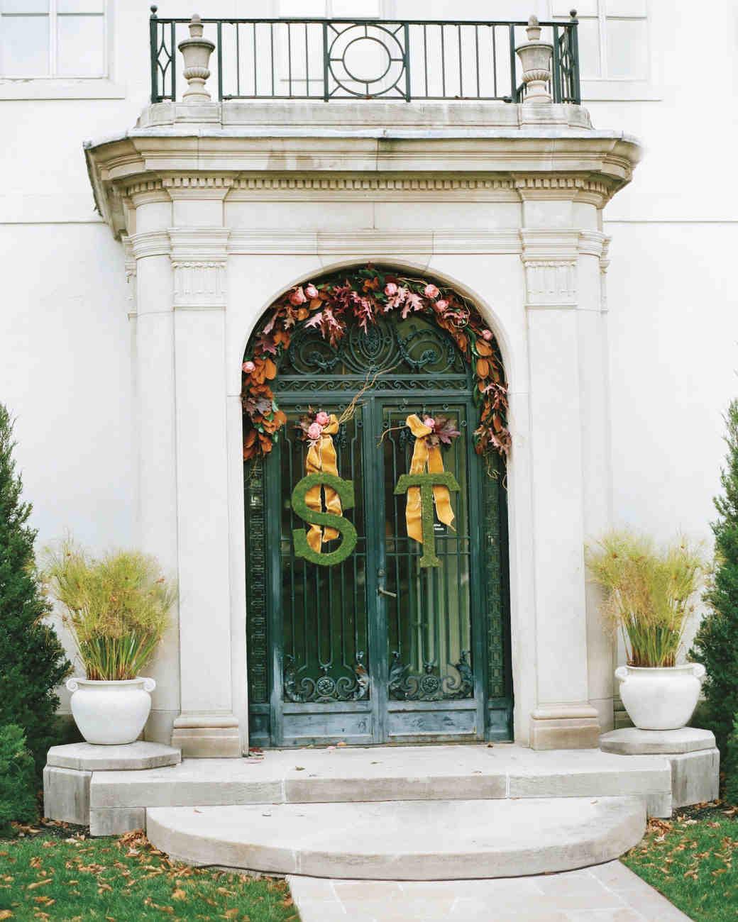 sarah-tom-entryway-79010012-mwds110093.jpg