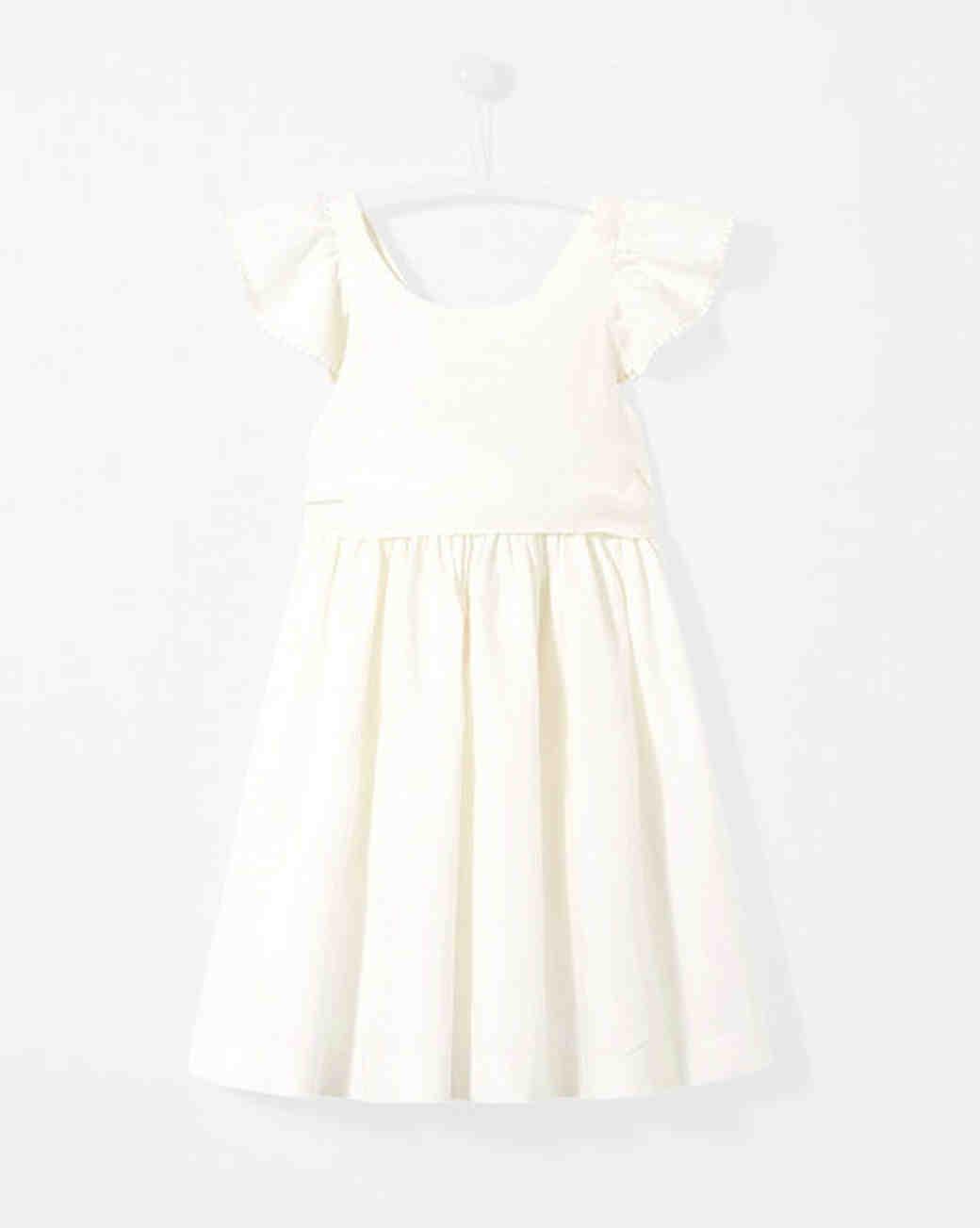 cbc6efc0b0cc The Best Flower Girl Dresses for a Summer Wedding