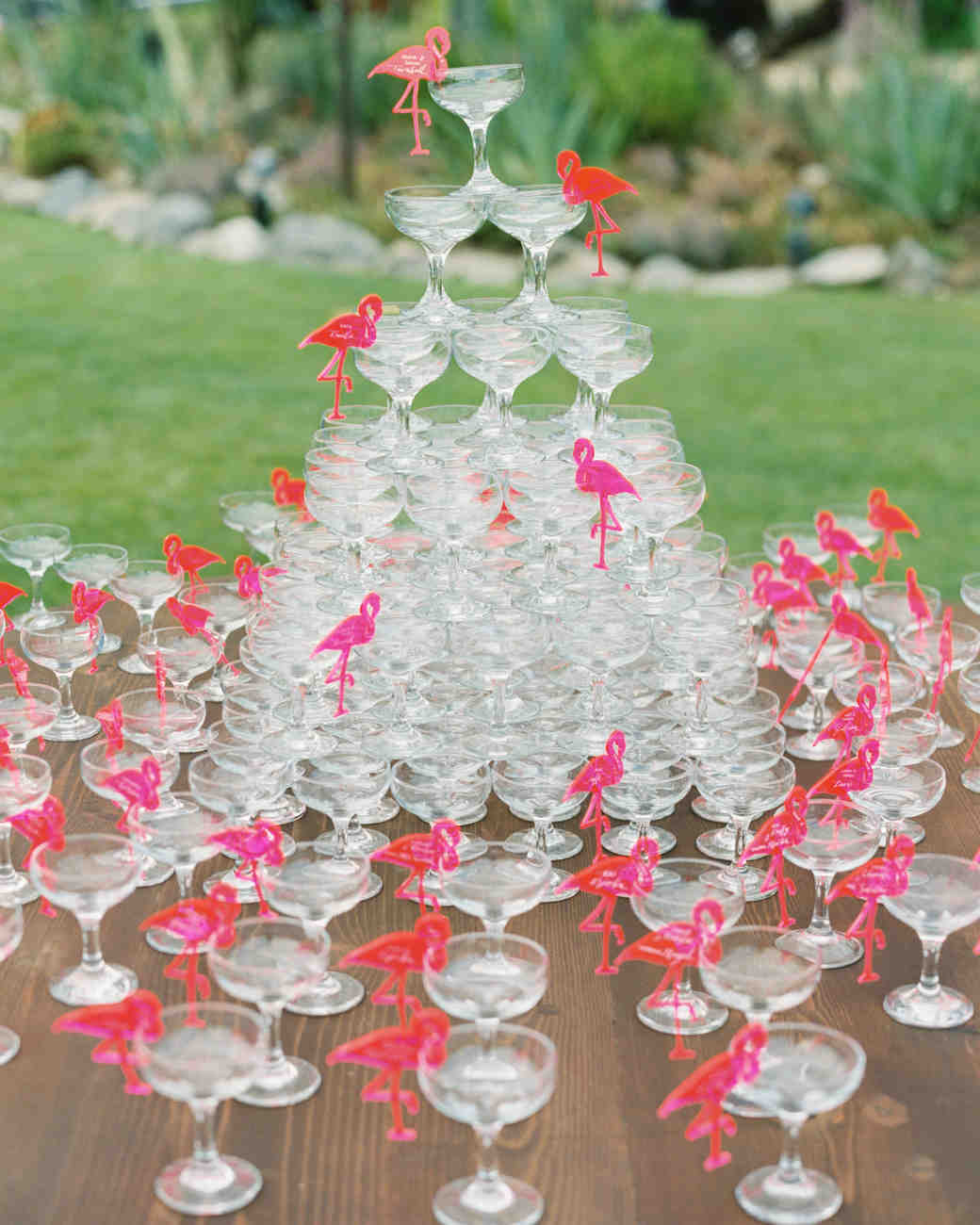 25 Seasonal Ideas For Your Summer Wedding Reception