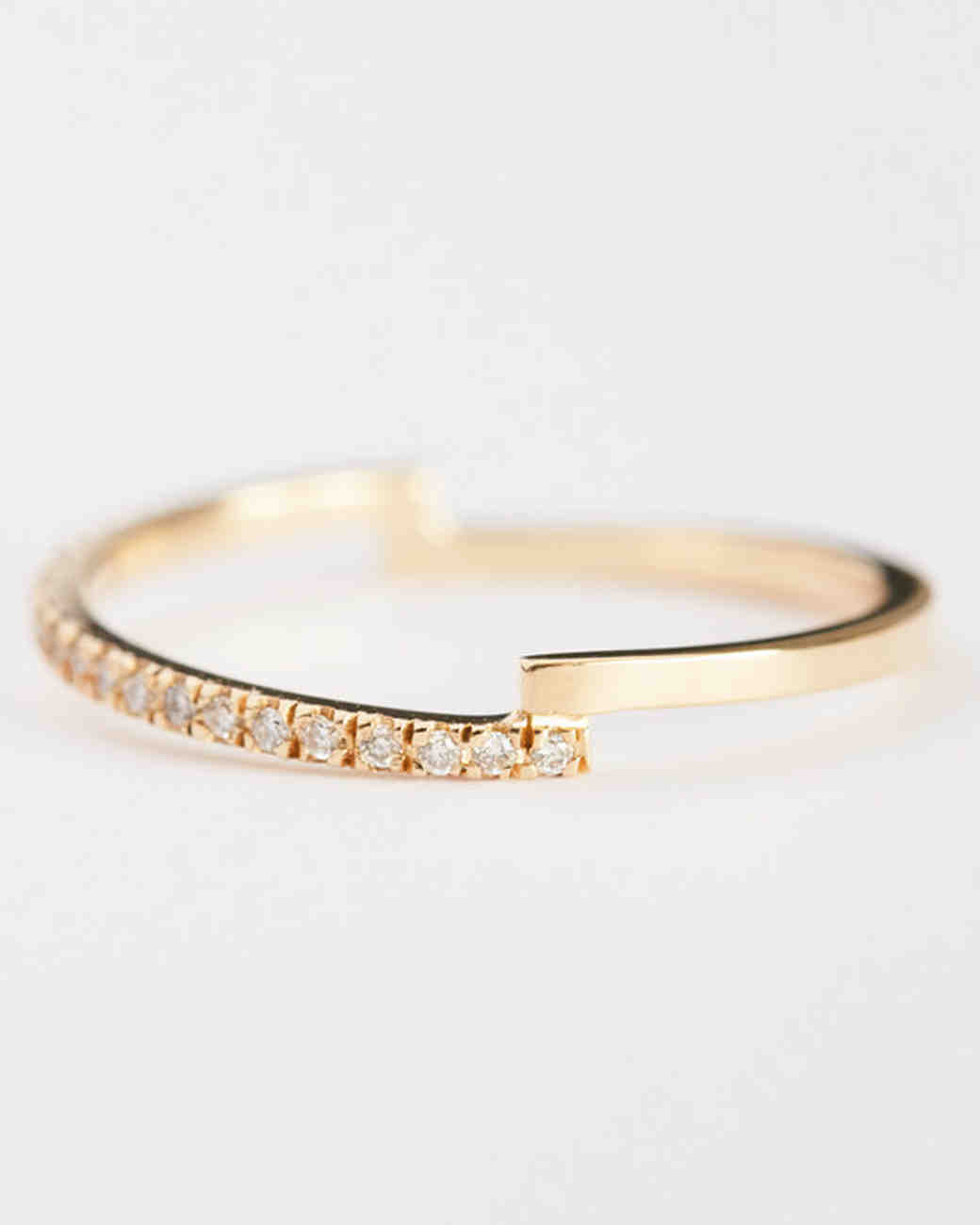 The Prettiest Delicate Wedding Bands For Modern Brides Martha Stewart Weddings: Wedding Bands For The Bride At Reisefeber.org