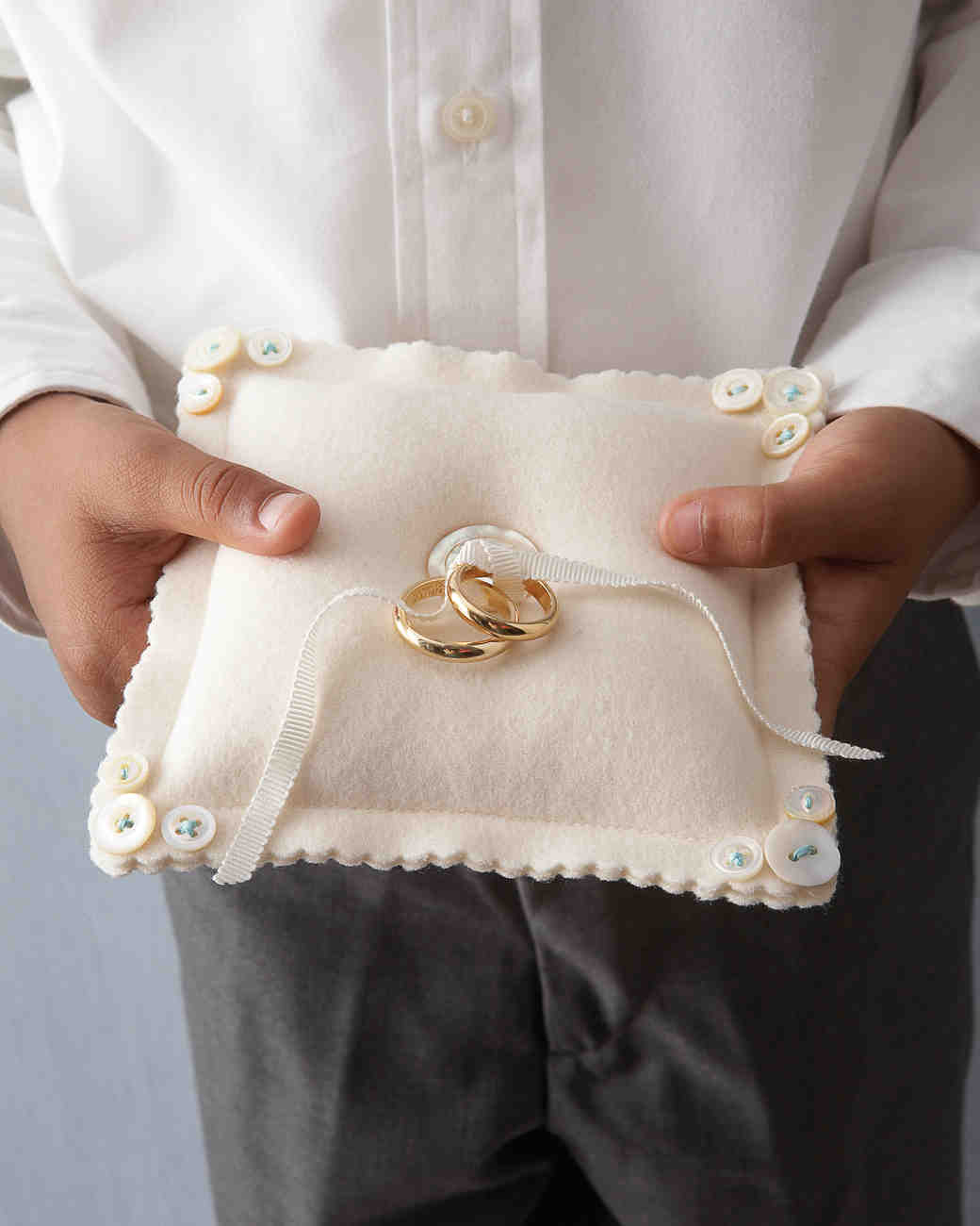 wedding ring pillow ring bearer pillow ideas you can make on your own martha 9974