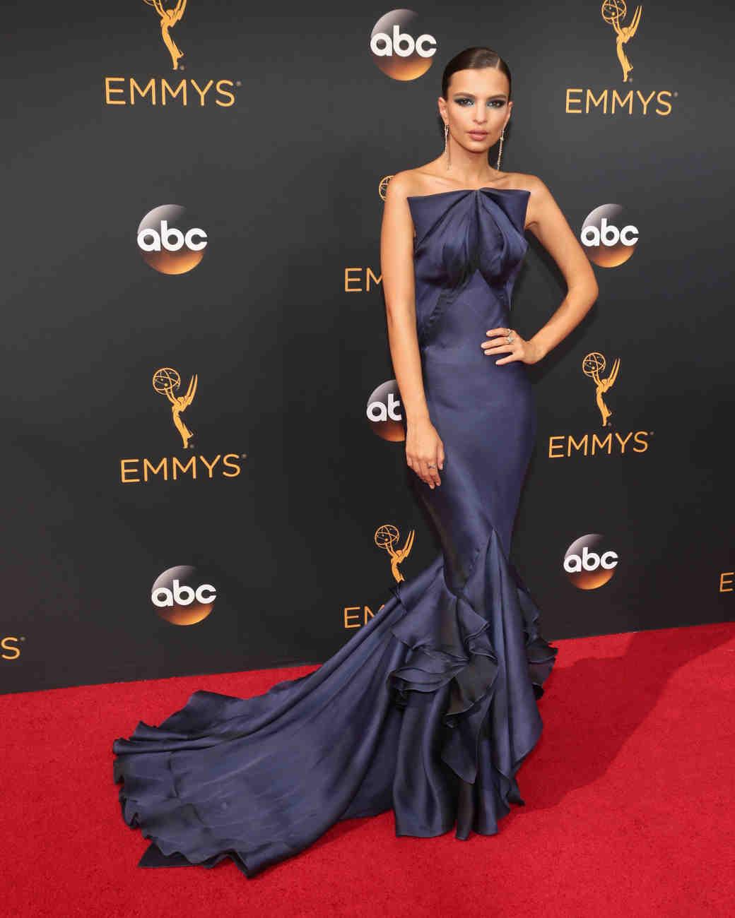 Emily Ratajkowski Emmy Awards 2016