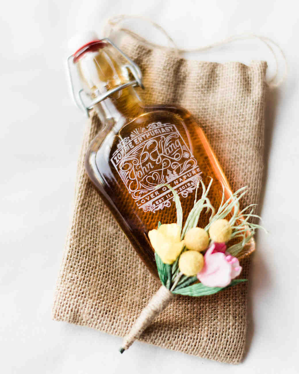 Fall wedding favor