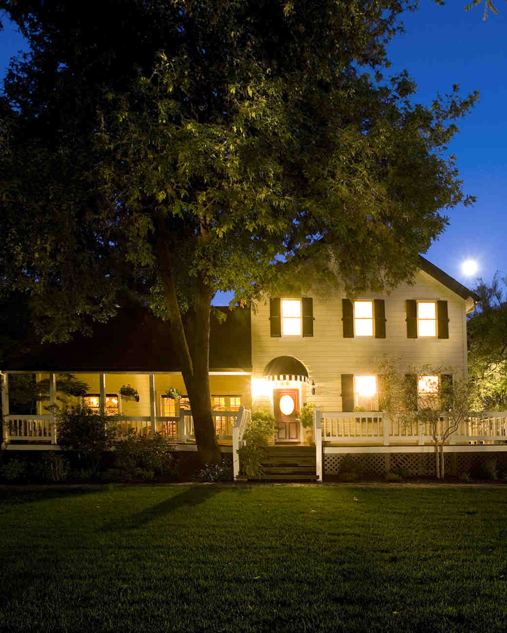 farmhouse-inn-2-mr-mrs-smith-mini-moons.jpg