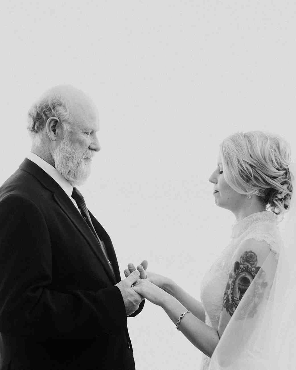 father daughter first look prayer