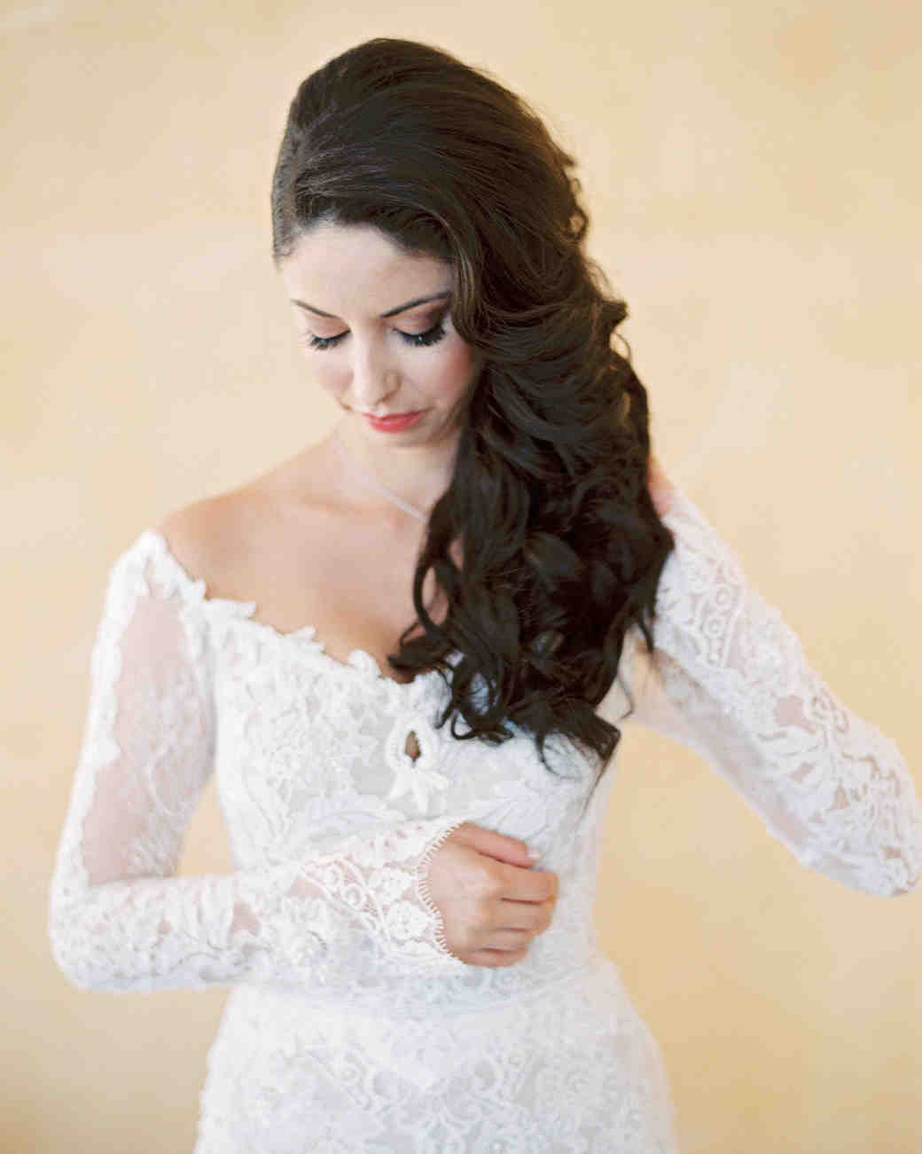 Neck High wedding dress hair pictures recommend to wear in autumn in 2019