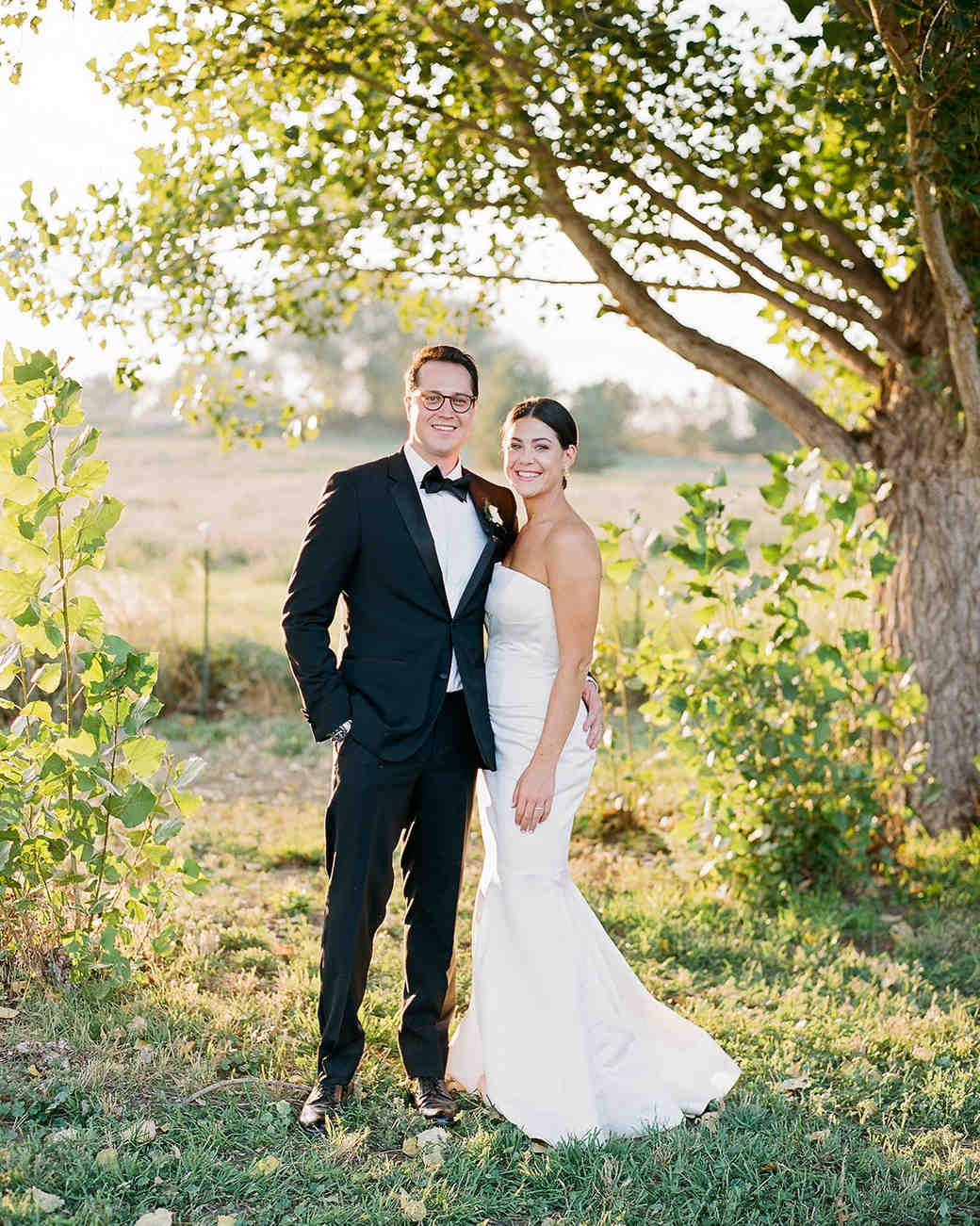 jamie jon wedding couple portrait under trees
