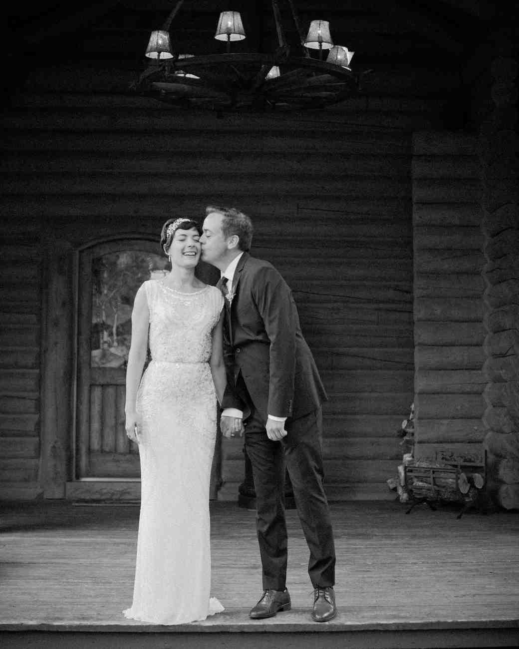 lizzy-pat-wedding-kiss-044-s111777-0115.jpg