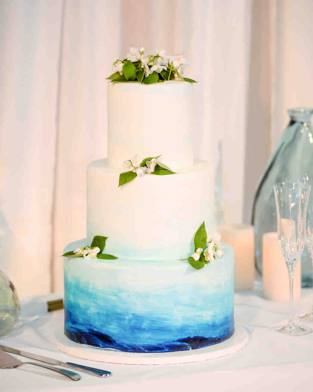 blue ombre wedding cake the prettiest ombr 233 wedding cakes for couples who 11997