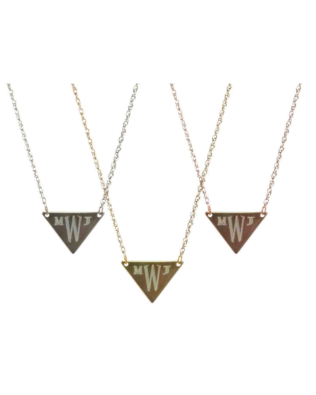 personalized-jewelry-golden-thread-1215.jpg