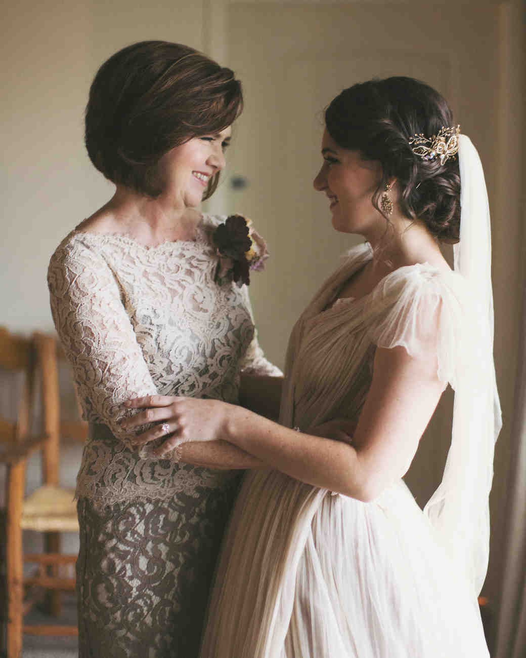 Sara and matthew s utterly romantic utah wedding martha for Mother daughter dresses for weddings