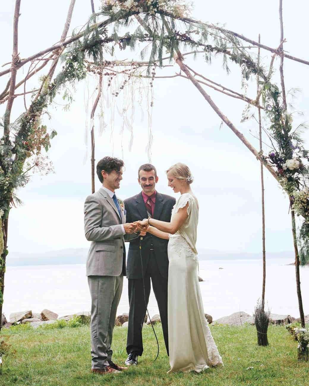 teresa-pepin-tp-318-bride-groom-s111105.jpg