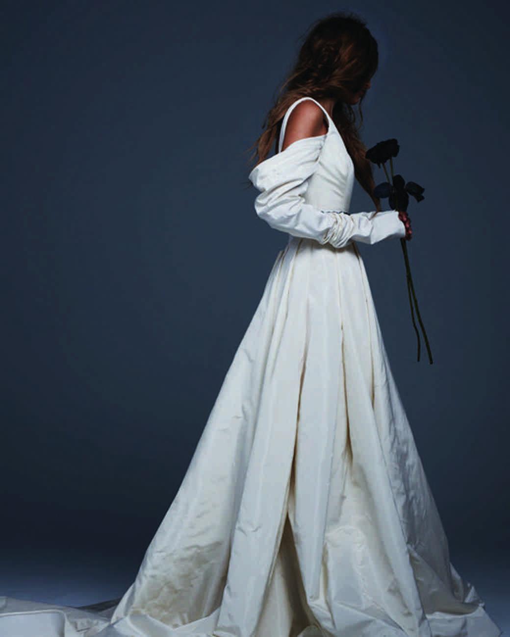 Vera Wang Fall 2017 Wedding Dress Collection | Martha Stewart Weddings