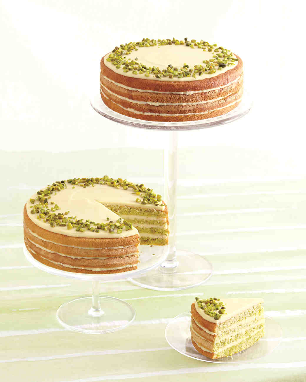 Naked Cake with Chopped Nuts