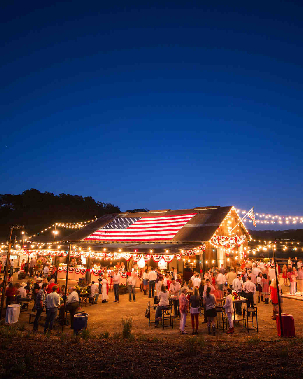 wedding-weekend-ideas-wedding-tent-0416.jpg