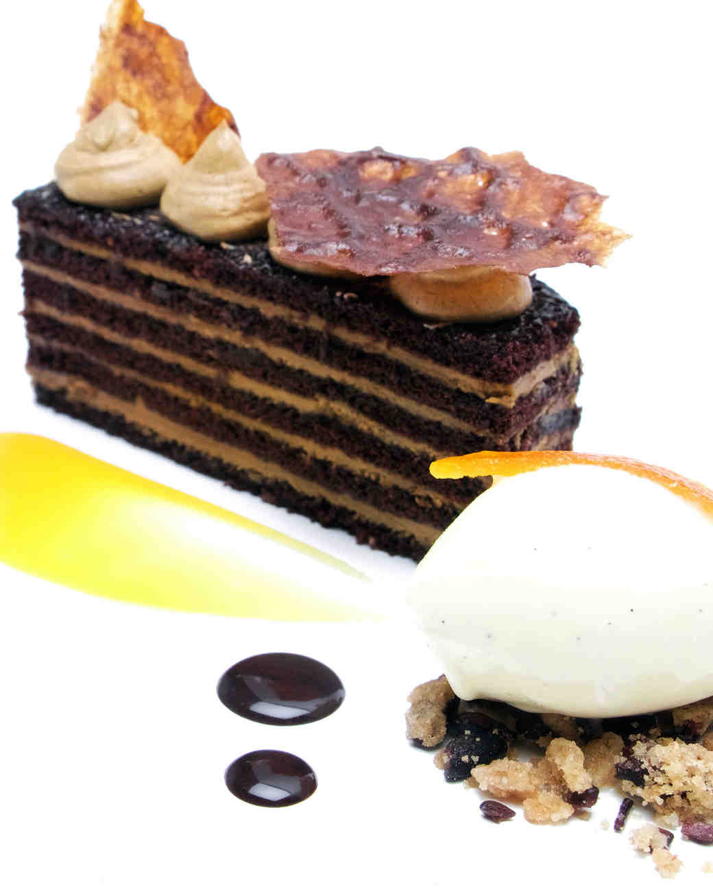 winter dessert dark chocolate cake
