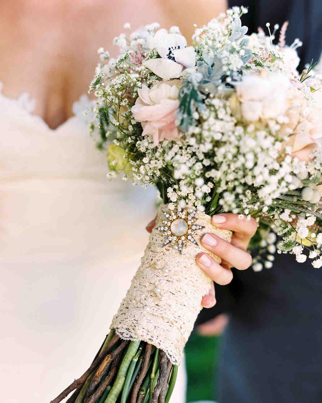 bouquet wraps flowers lace bride