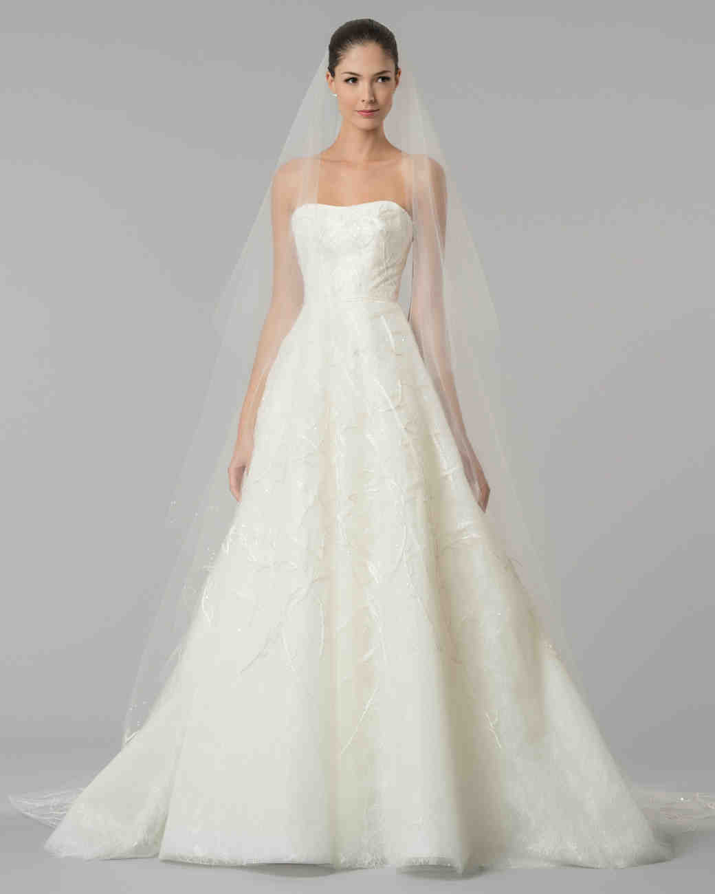 Wedding Gowns For 2015: Carolina Herrera Fall 2015 Bridal Collection