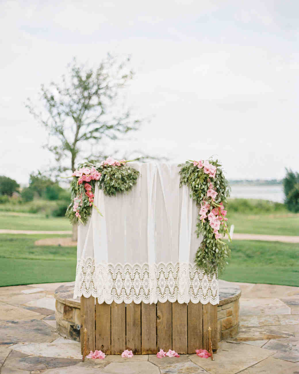 eyelet lace ceremony backdrop