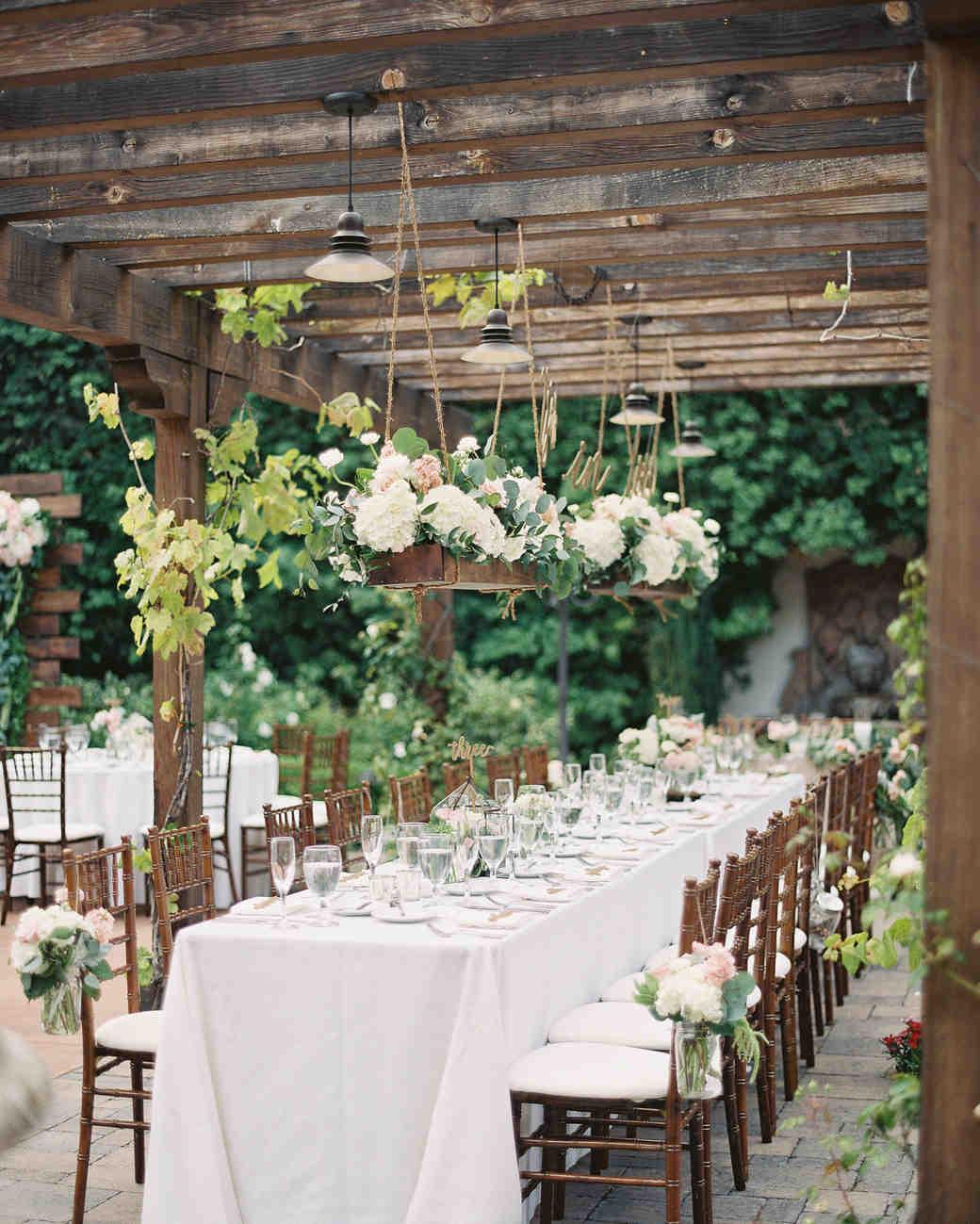 28 ideas for sitting pretty at your head table martha stewart weddings rh marthastewartweddings com wedding head table backdrop wedding head table layout