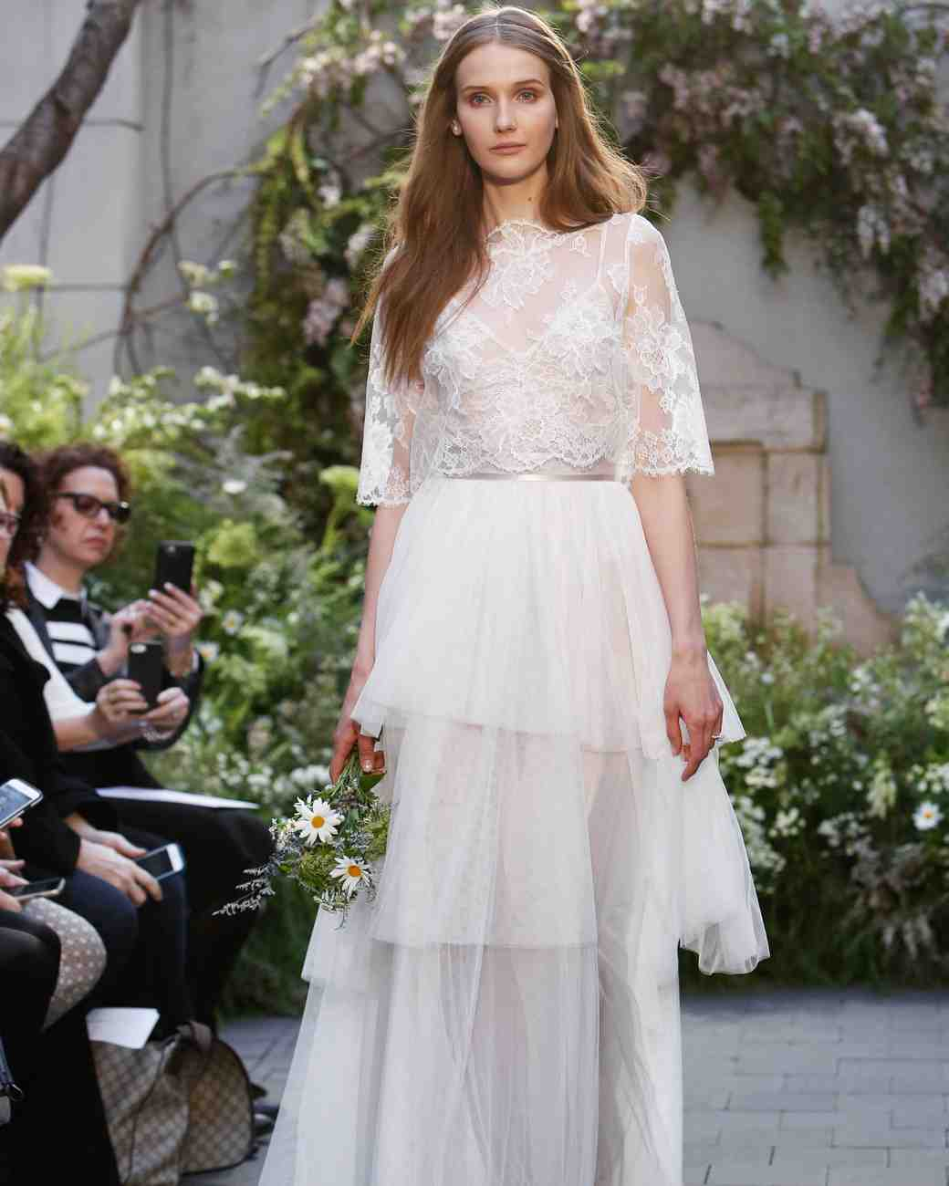 monique-lhuillier-spring2017-d113026-007.jpg