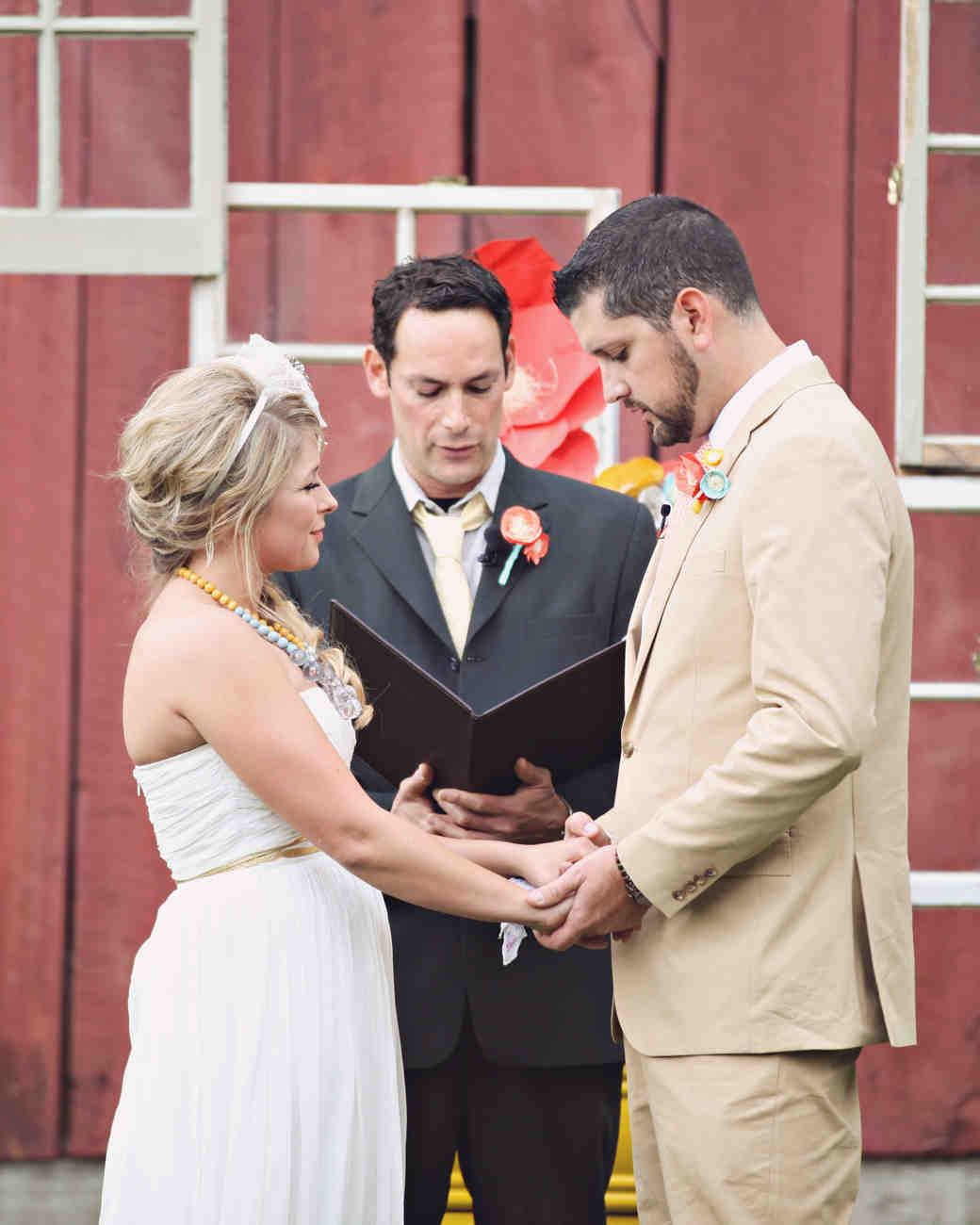 real-weddings-nichole-matthew-wd0413-147.jpg
