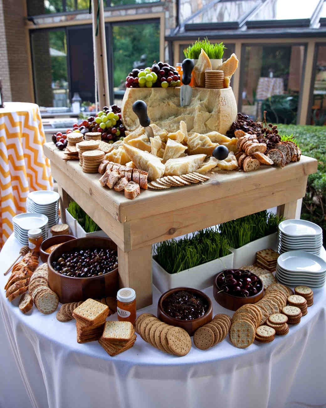 14 delicious food bars for your wedding martha stewart weddings. Black Bedroom Furniture Sets. Home Design Ideas