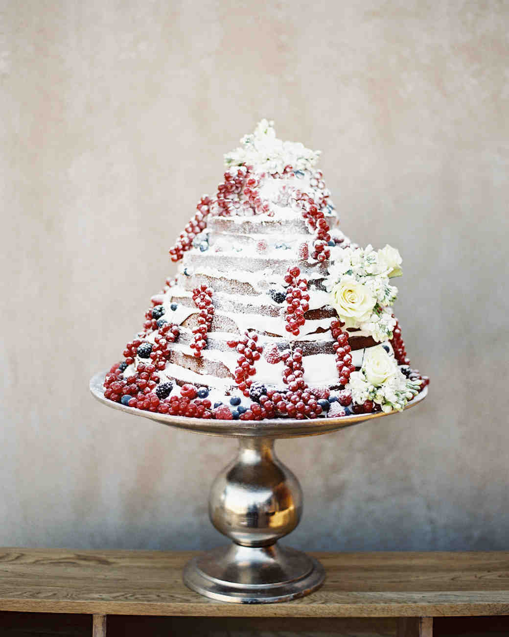 winter wedding cakes les anagnou stacked cake