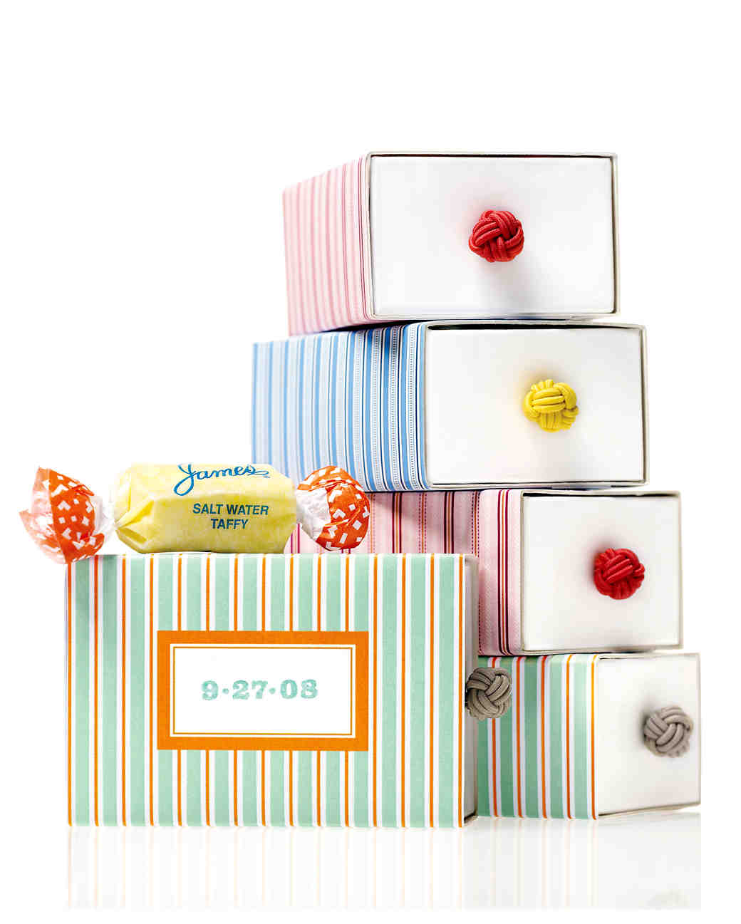 Wedding Gift Box Ideas: 40 Gift-Box Ideas To Hold Your Wedding Favors In Style