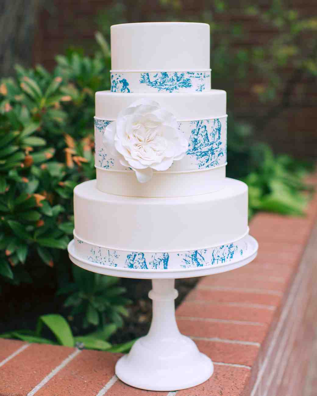 white blue painted cake