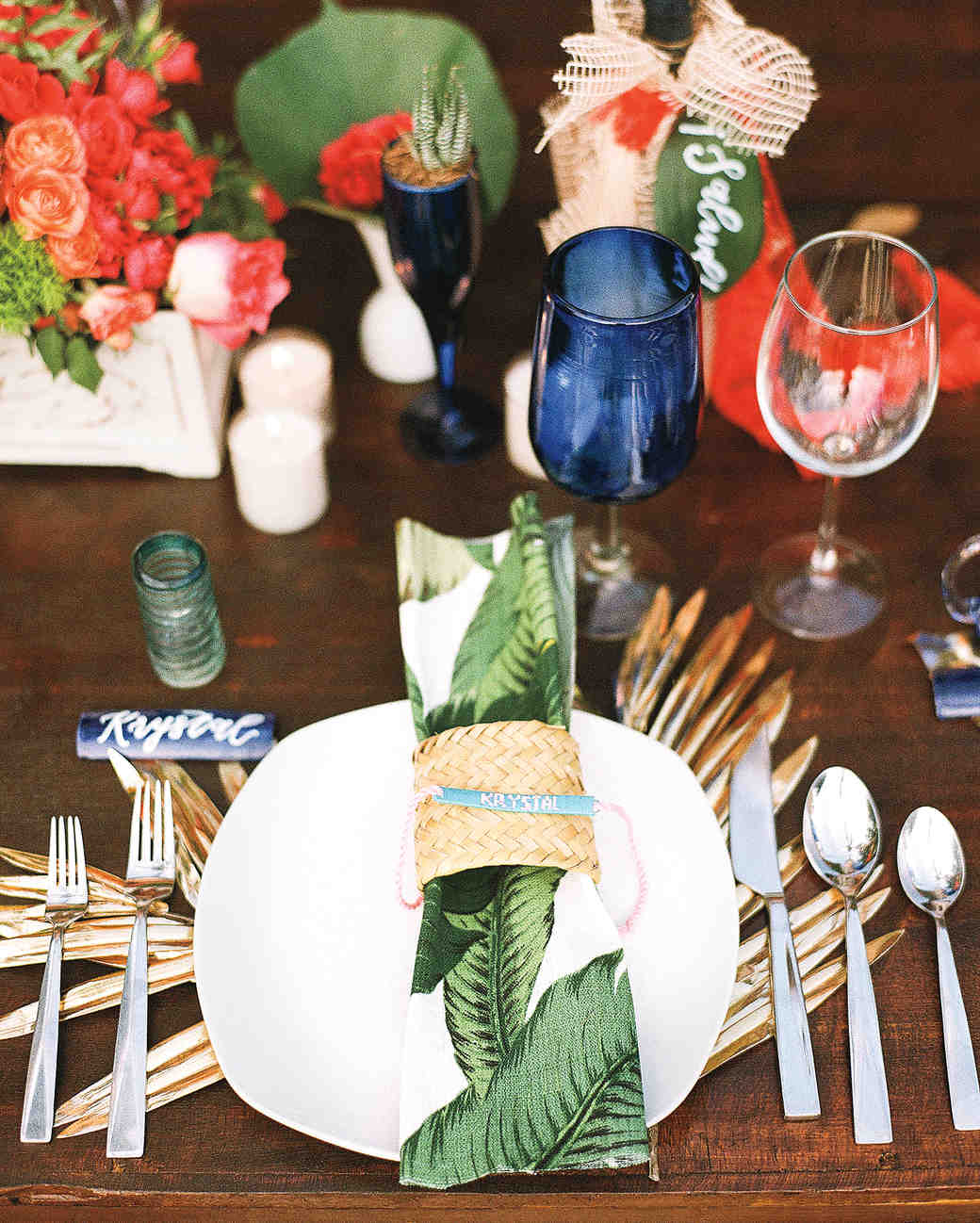 Tropical Red and Green Table Setting