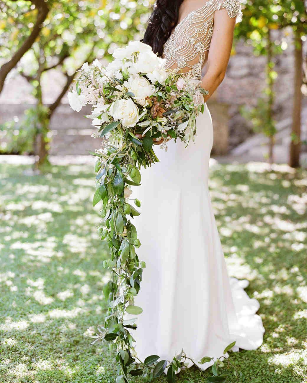 lisa greg italy wedding bouquet flowers