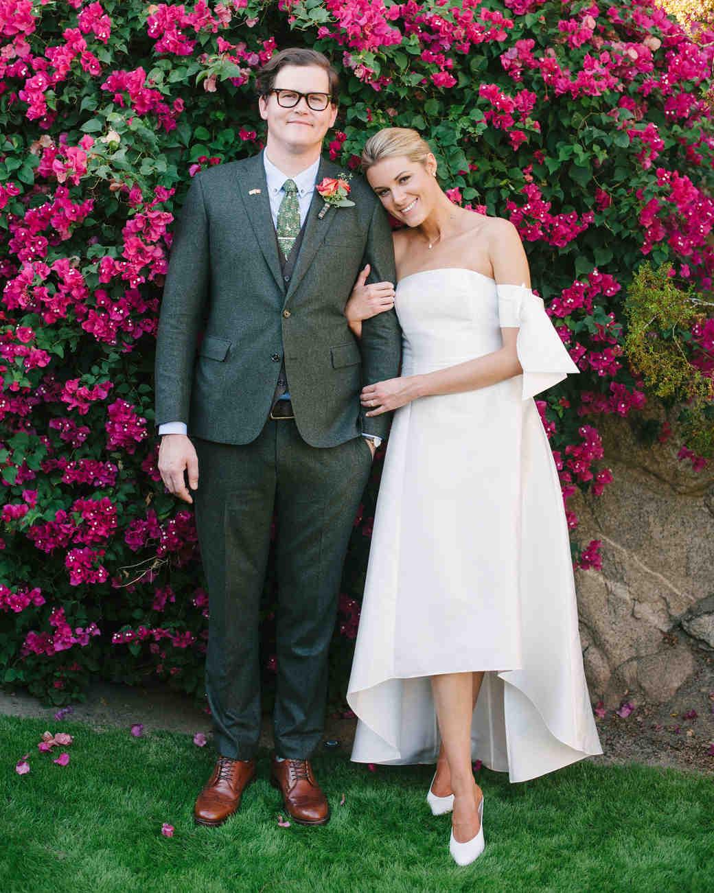 lisa louis wedding couple pink flowers