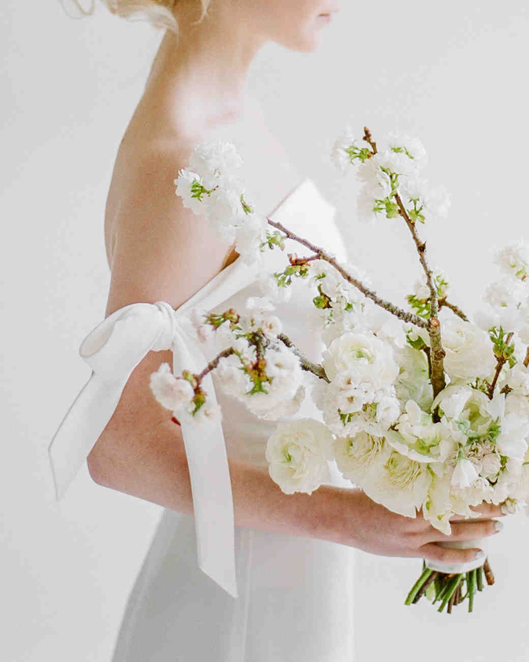 8d3a4f917e Modern Wedding Bouquets for the Nontraditional Bride | Martha Stewart  Weddings