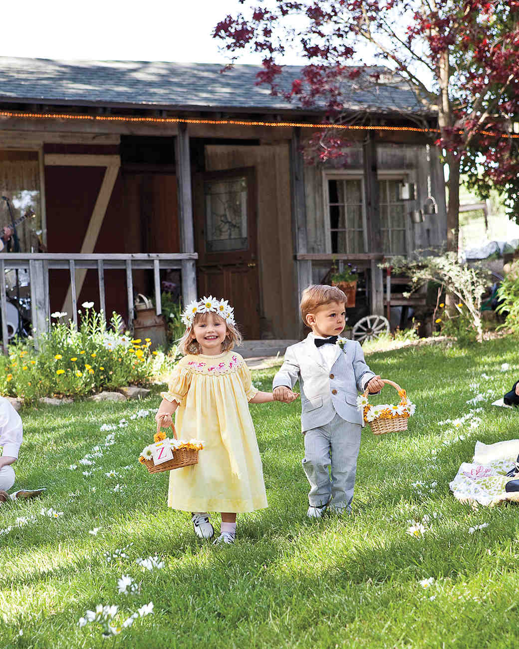 a casual rustic outdoor wedding on a farm in california martha