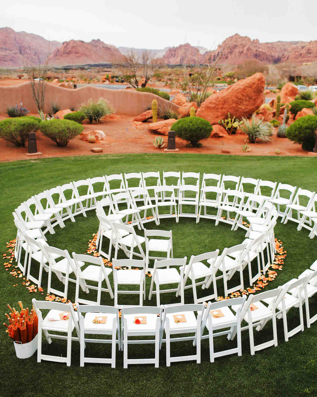 circular ceremony seating