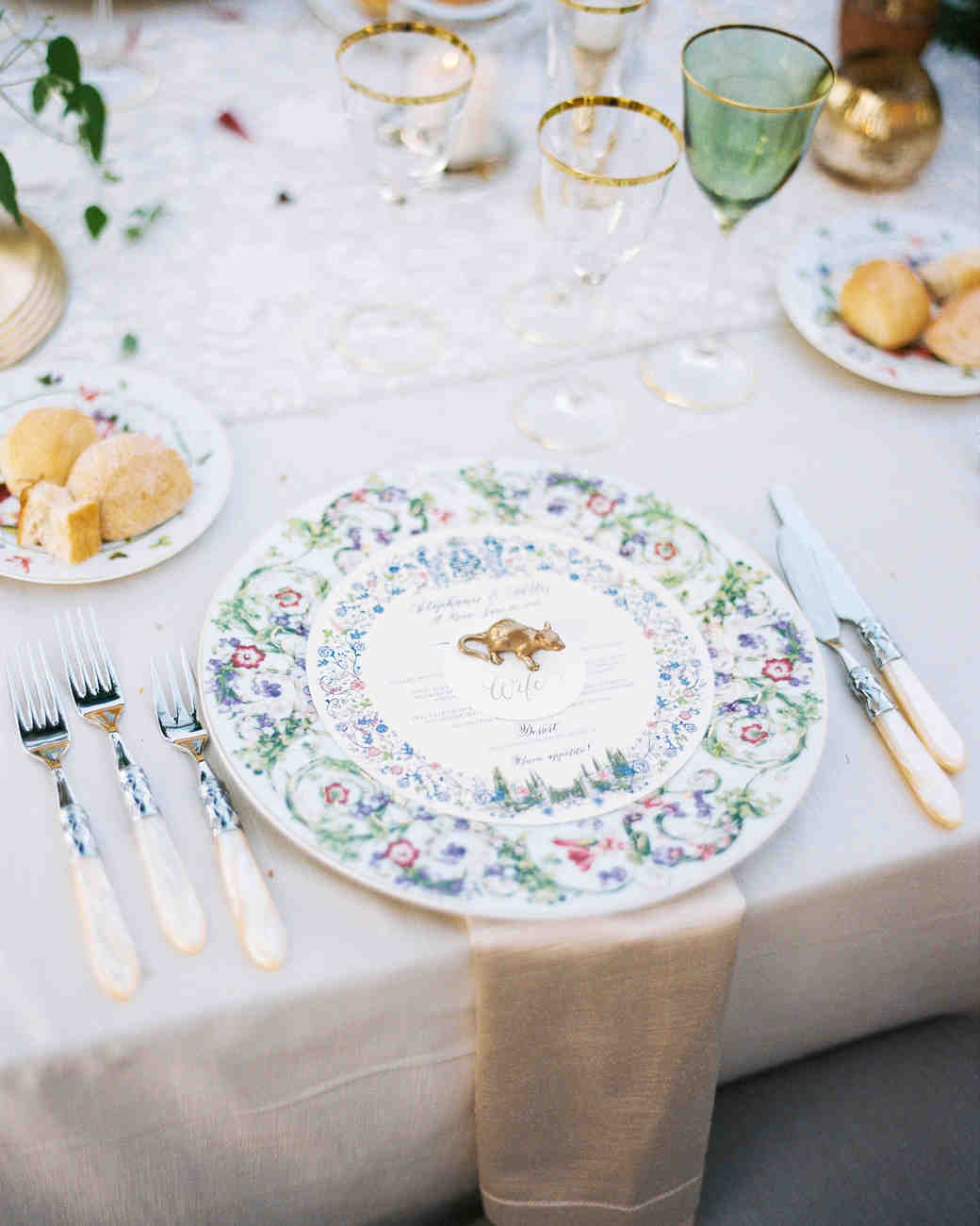 Diy Wedding Dishes: The Prettiest Place Settings From Real Celebrations