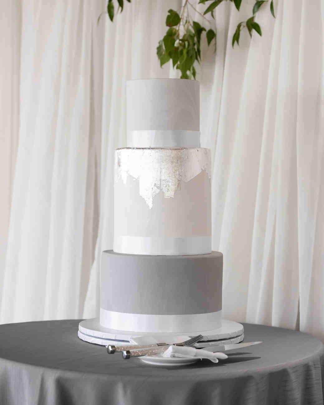 winter wedding cakes kmh photography