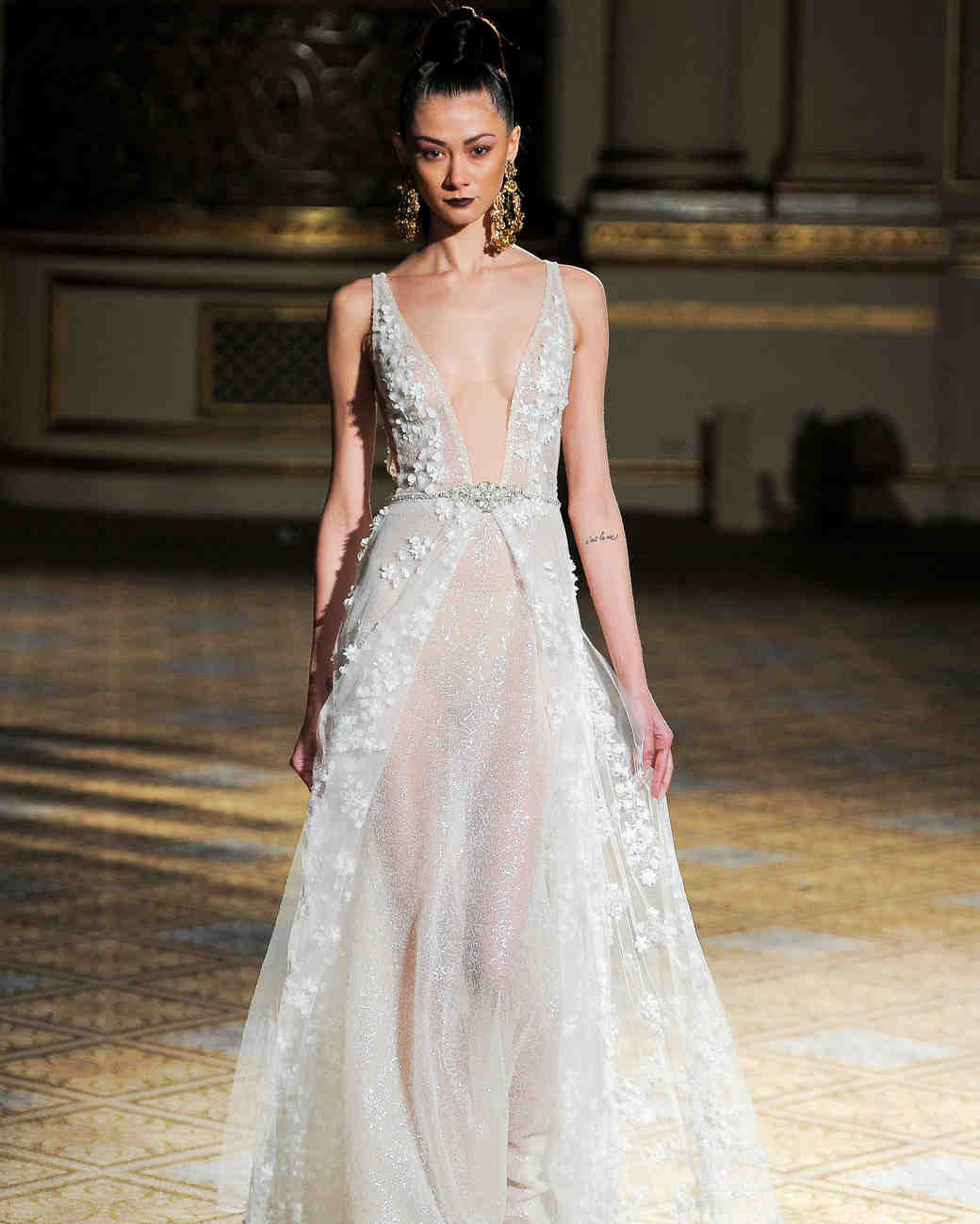 berta v-neck flowers detail wedding dress spring 2018