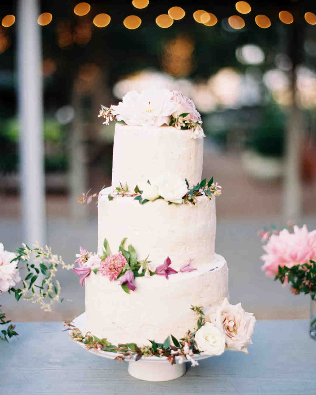 Wedding Cakes: Beautiful Buttercream Wedding Cakes